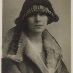 Monique Saint-Hélier, Berne, 1926 (collection particulière)